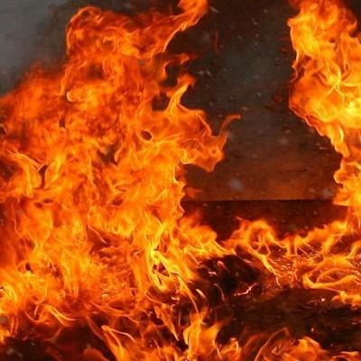 В Донецкой области загорелся склад боеприпасов боевиков