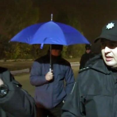 «Схемы» показали, как их били перед прилетом Медведчука (видео)
