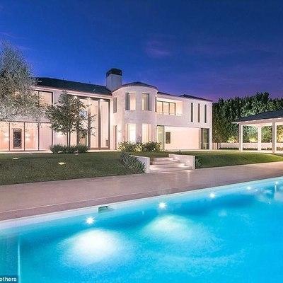 Украинка из Силиконовой долины купила дом Кардашьян и Уэста в Голливуде за $ 17,8 млн