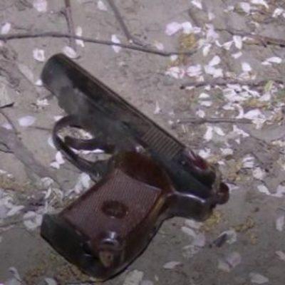 У футболиста Гусева украли пистолет, который подарил Порошенко