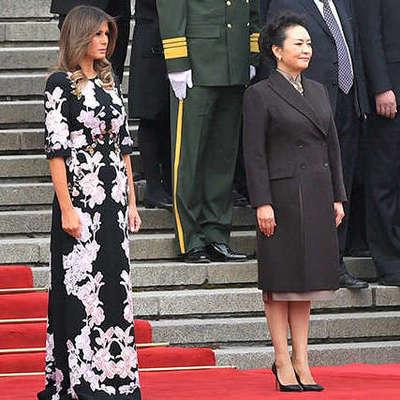 Мелания Трамп в изысканном наряде затмила первую леди Китая