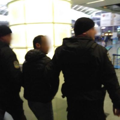 В Борисполе задержали азербайджанца при попытке переправить четырех украинок в ОАЭ