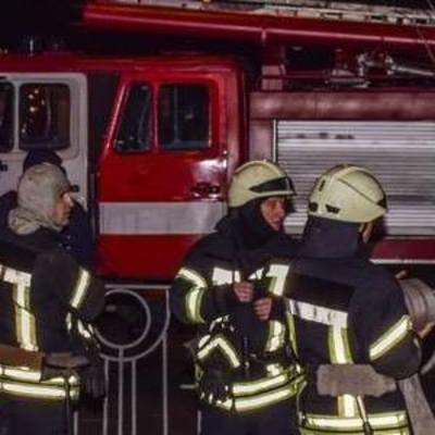 В центре Киева загорелся ресторан: посетители не пострадали (фото)