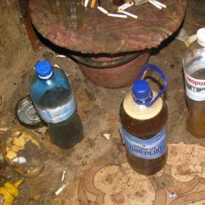 На Полтавщине 3 человека скончались после употребления неизвестного вещества
