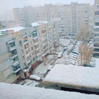 В Украину пришла снежная зима
