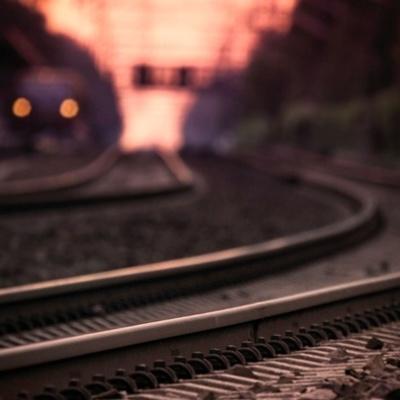 В Харькове поезд насмерть сбил человека, личность которого не установлена