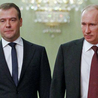 Медведев выиграл у Путина битву понтов (фото)