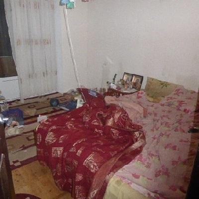 Ужас: в Киеве женщина с дочкой почти месяц жили с разлагающимся трупом бабушки
