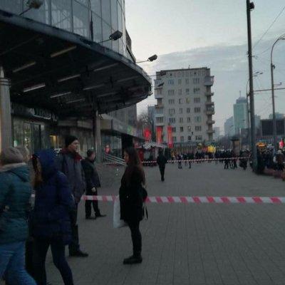 В киевских торговых центрах эвакуируют посетителей из-за сообщения о минировании