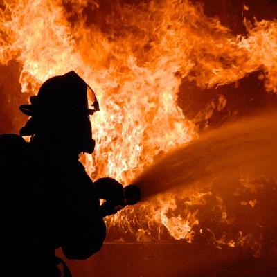 В Киеве горел склад лакокрасочных изделий
