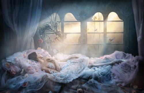 Папа дочь спящая красавица