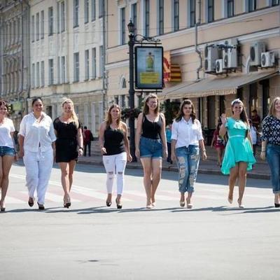 «Модель XL»: пышнотелые красотки пройдутся по Киеву в одних купальниках