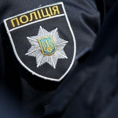 В Киеве полицейский приехал «решать вопросы» за друзей на угнанном авто