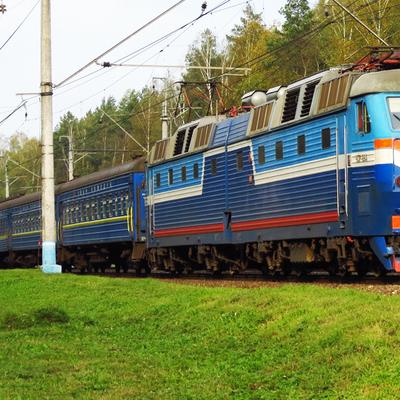 На территории Польши поезд Киев-Перемышль столкнулся с экскаватором
