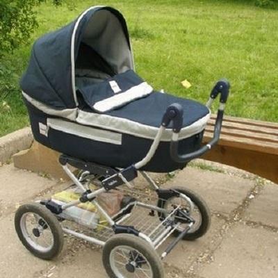 Трехмесячный ребенок задохнулся в коляске