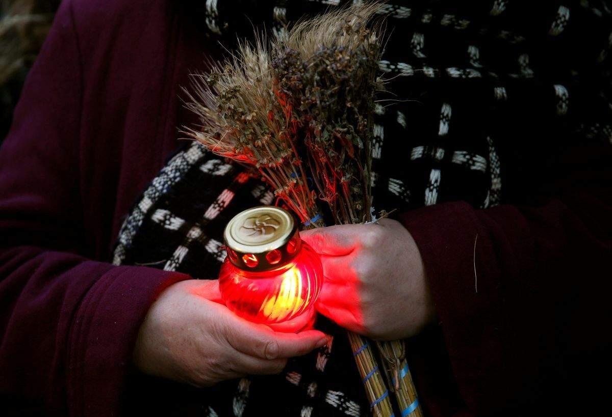 ВКонотопе осквернили монумент  жертвам Голодомора