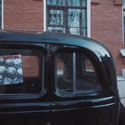 Националисты разгромили место съемок сериала про СССР в Харькове (фото)