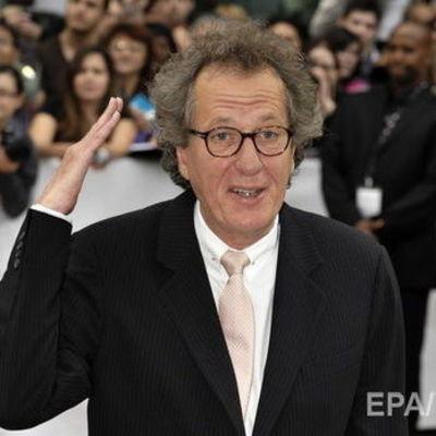 Глава австралийской киноакадемии Джеффри Раш уволился после обвинений в