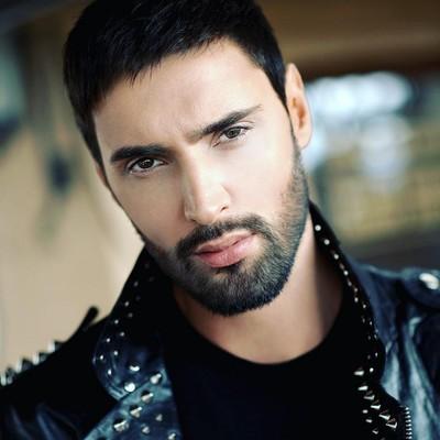 Скандальный украинский певец засветился в «интересном» месте (фото)