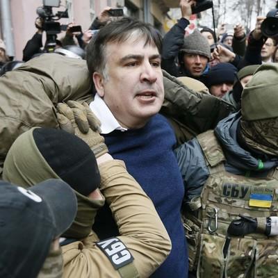 Саакашвили призвал выходить на Майдан