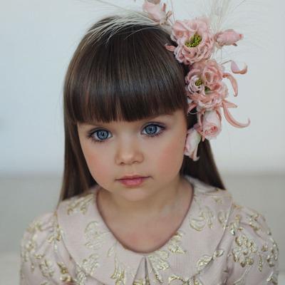6-летнюю россиянку признали самой красивой девочкой в мире (фото)