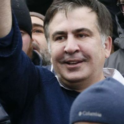 Саакашвили требует импичмента Порошенко