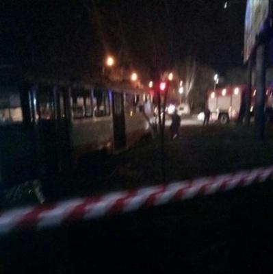 В Одессе на ходу загорелся трамвай с пассажирами, есть травмированные (видео)