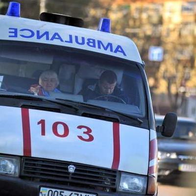 Ужасающая авария: В Киеве школьник поскользнулся и попал под колеса микроавтобуса