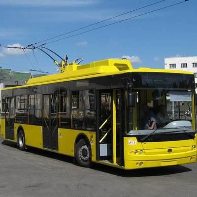 Порошенко просят запустить троллейбусы между Киевом, Запорожьем, Львовом и Одессой