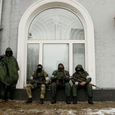 В Луганске приговорили мужчину к 12 годам тюрьмы за украинскую песню в баре