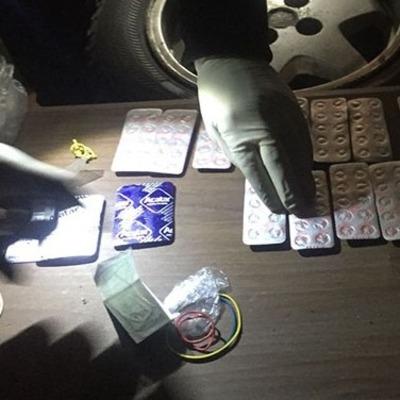 На Львовщине супруги-учителя продавали ученикам наркотики (фото, видео)