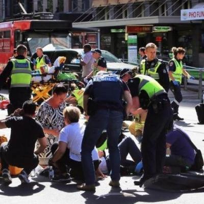 Задержанный снимал, как джип давит пешеходов, - полиция Мельбурна