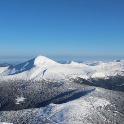 Заблудившегося в горах на Прикарпатье туриста нашли мертвым
