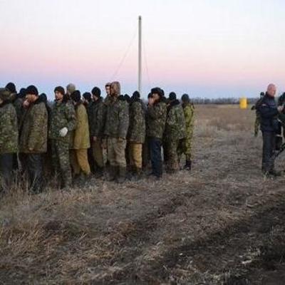 Луганские боевики уже вывезли пленных для обмена