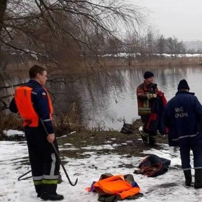В озере нашли тело женщины: киевляне шокированы