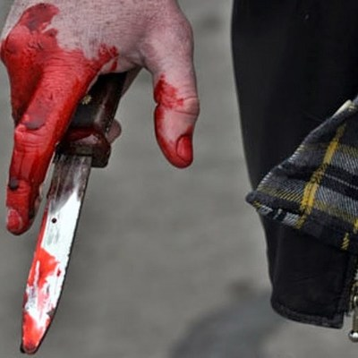 В Киеве мужчина с помощью ножа наказал свою возлюбленную