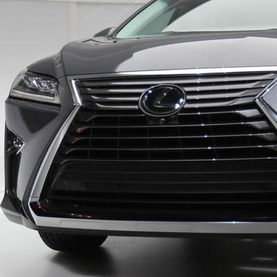 Роскошь: владельцы дорогих авто уплатили более 200 миллионов налога