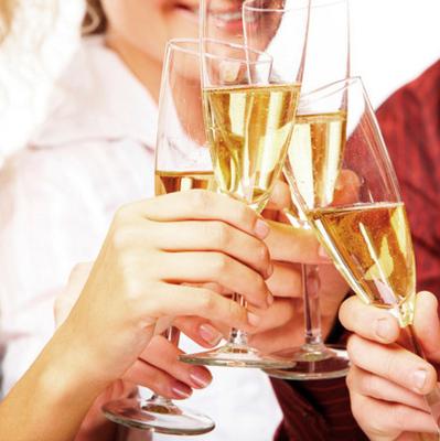 Праздники без похмелья: как правильно употреблять алкоголь