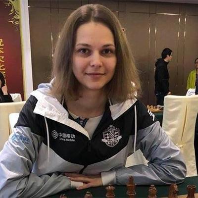 Сестры Музычук попали в топ-10 сильнейших шахматисток мира