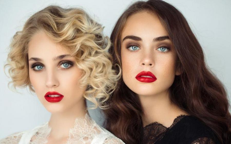 Видео фото девушек брюнеток и блондинок