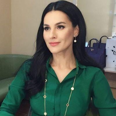 Четыре чемодана вещей и аптечка: Маша Ефросинина рассказала, что берет с собой в отпуск (фото)