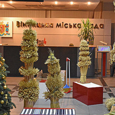В Виннице к Рождеству открылась выставка дидухов