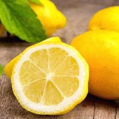 Кусочки лимона в напитках опасны для здоровья