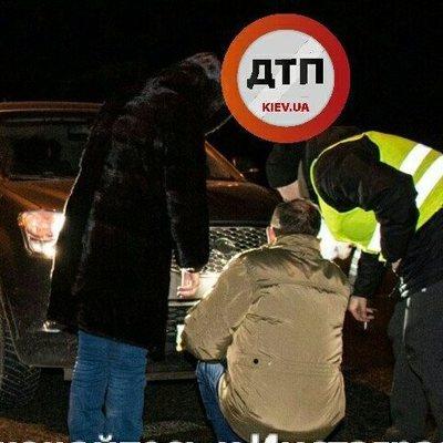В Киеве на пешеходном переходе машина сбила пожилую пару
