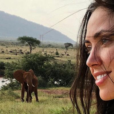 Вика из НЕАНГЕЛОВ повредила ногу во время путешествия по Кении