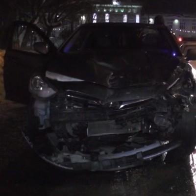 В России групповой секс в машине закончился серьйозной аварией