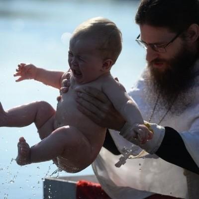Крещение-2018: правила и противопоказания для купания в проруби