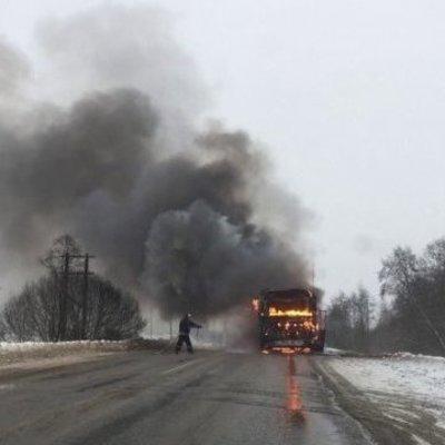 В Казахстане сгорел автобус с пассажирами, 52 погибших