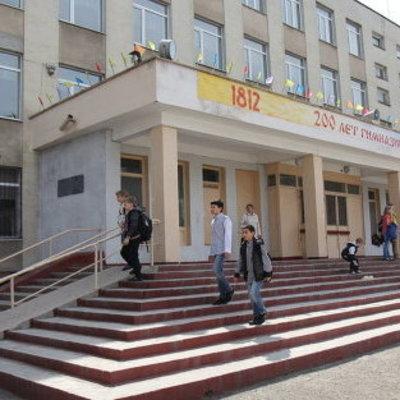 Семиклассник устроил стрельбу в одной из школ оккупированного РФ Симферополя