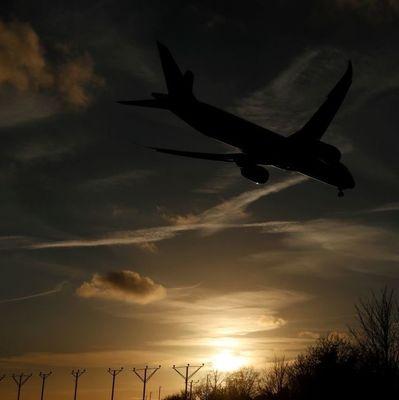 Самолет рейса Киев-Херсон совершил аварийную посадку